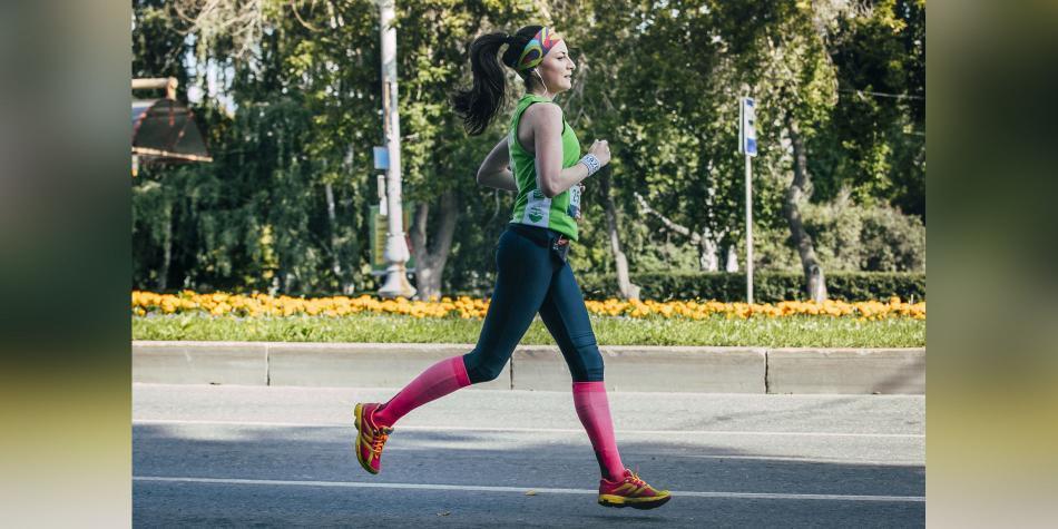 Beneficios y cuidados al usar ropa de compresión para hacer deporte - Salud  - Vida - ELTIEMPO.COM 2653f1fb48ec2