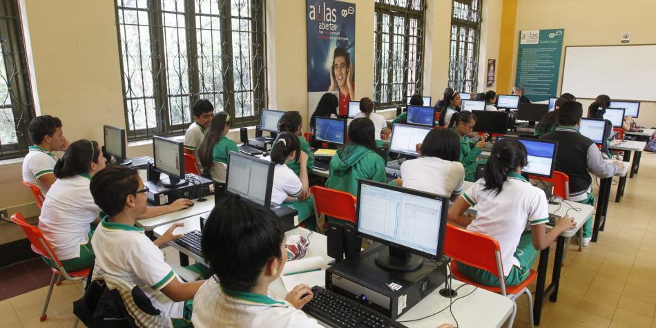 Los departamentos con más colegios públicos
