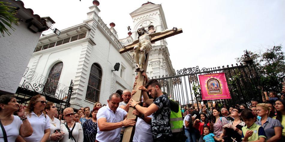 ¿Quiere visitar iglesias en Medellín? este mapa virtual le ayudará