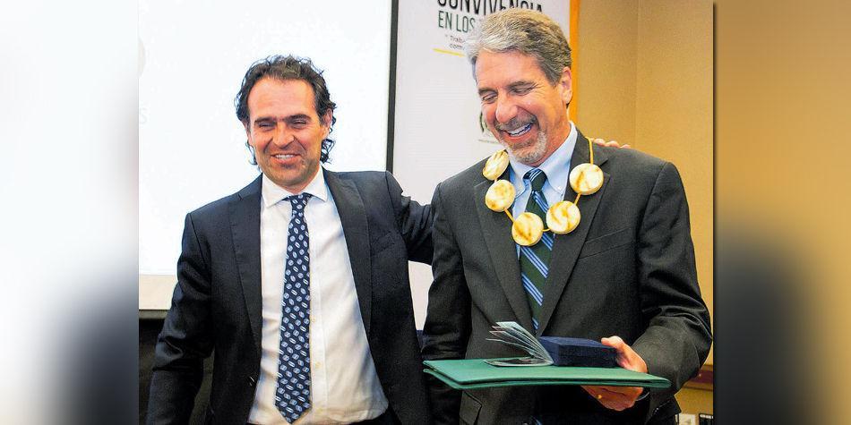 Federico Gutiérrez y Kevin Whitaker