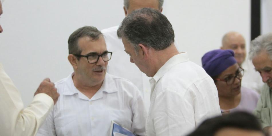 ¿De qué hablaron Santos y Timochenko?