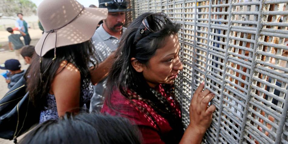 Migrantes en la frontera EE.UU. y México