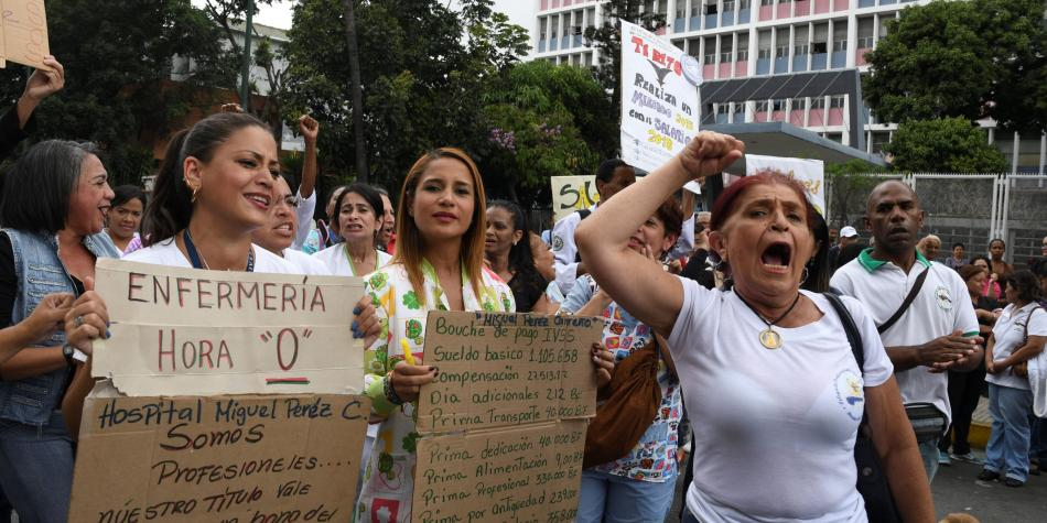Protestas de enfermeros en Venezuela