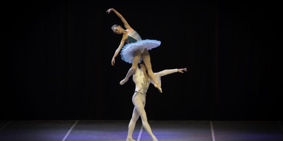 El espectáculo 'Los zares del ballet' se presenta en Bogotá.