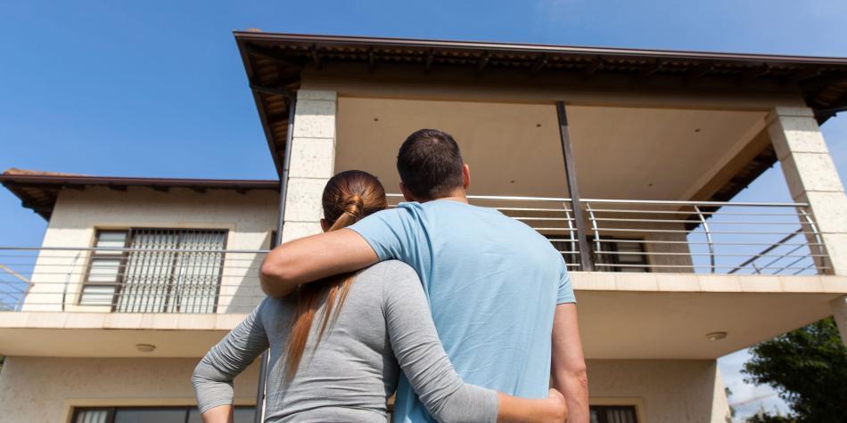 Precios de la vivienda ponen a más gente a pensar en comprarla usada