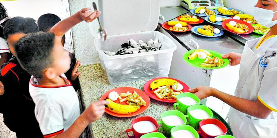 Unidad Especial de Alimentación Escolar de Duque inicia operaciones