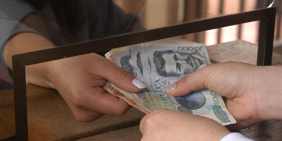 En riesgo beneficios a ahorro voluntario de pensiones y cuentas AFC