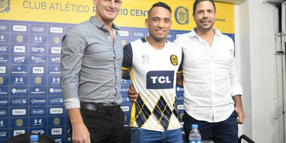 Jarlan Barrera sería presentado el viernes en Atlético Nacional