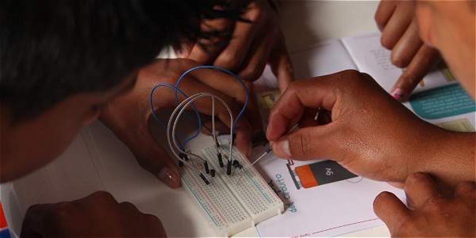 $ 364.344 millones para TIC, educación, salud y obras en el Pacífico