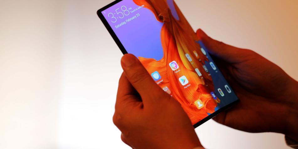 Huawei vuelve a retrasar el lanzamiento de su teléfono plegable