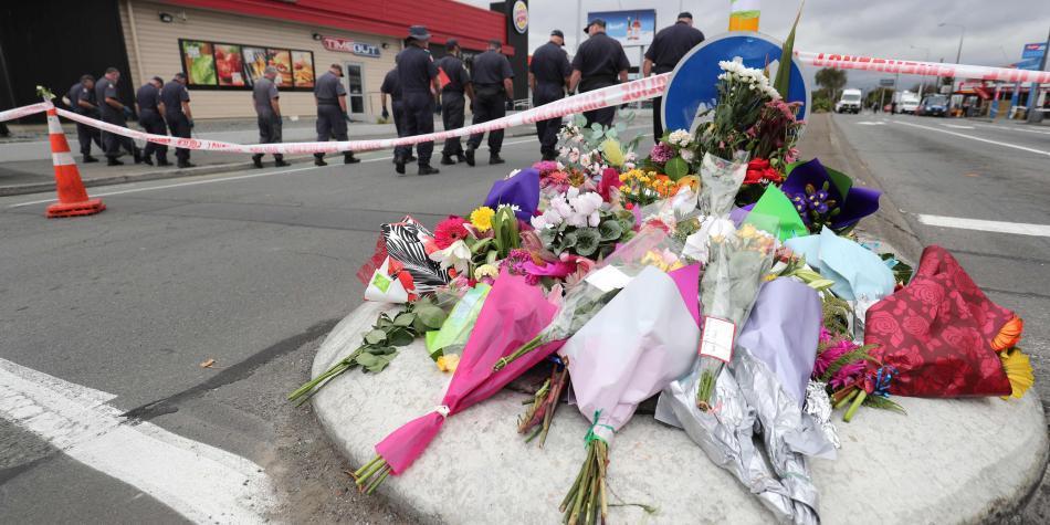 ¿Redes sociales no logran responder contundentemente ante terrorismo?