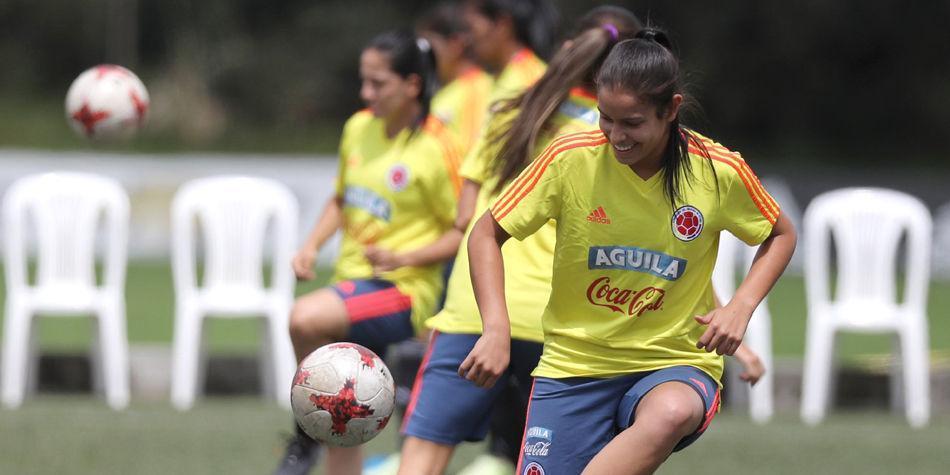 El fútbol femenino  reflejo de una sociedad machista - Fútbol ... 1a58bc3e08378
