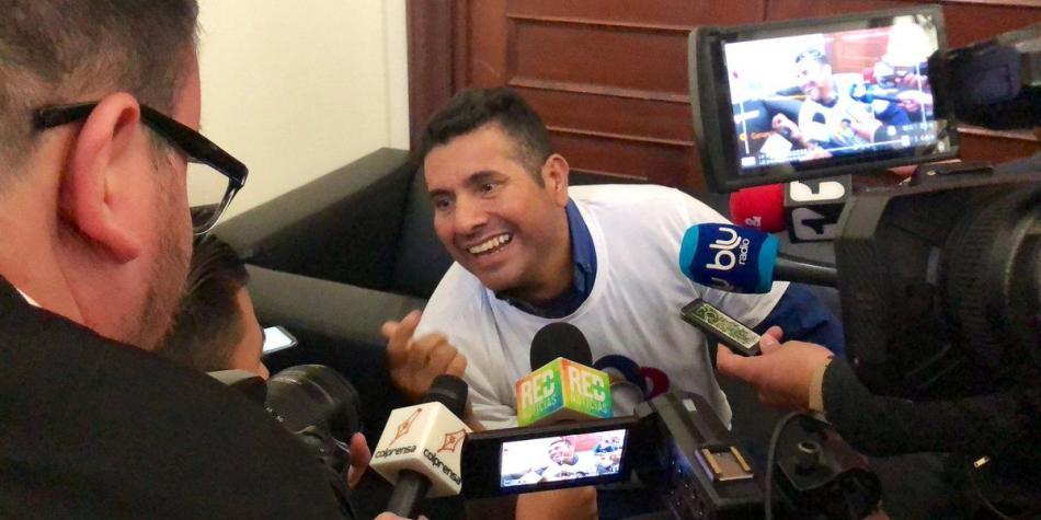 Polémica presencia de 'Olivo Saldaña' en comisión de paz del Congreso