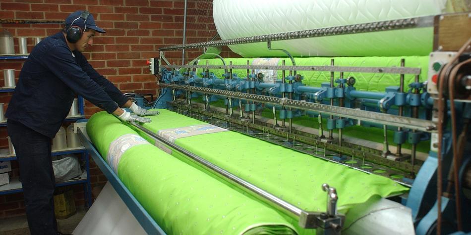 Textileros abandonan mesa de negociación sobre arancel a confecciones