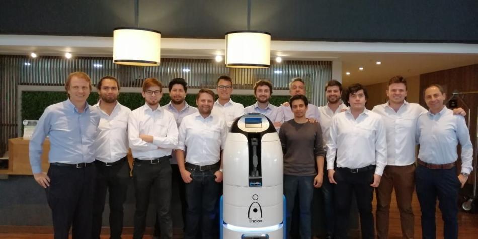 Thalon, el robot colombiano que le llevará la comida a su habitación
