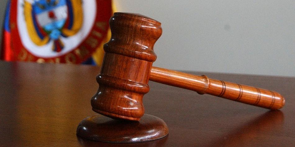¿Por qué en EE. UU. los jueces condenan a más de una cadena perpetua?