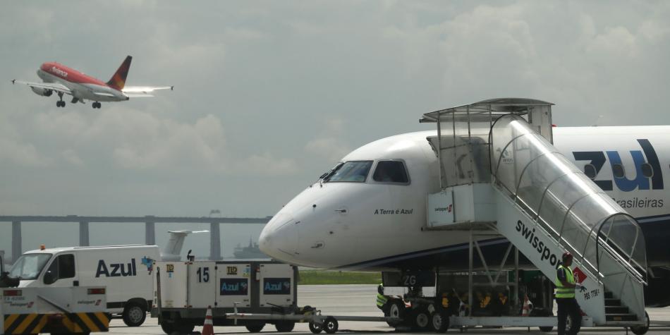 b25b0f110 Consejos para que no falte el aire a la hora de volar - Salud - Vida ...