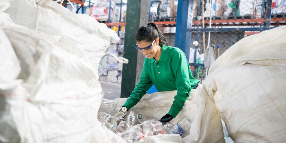 Natura anuncia su apoyo a recicladores