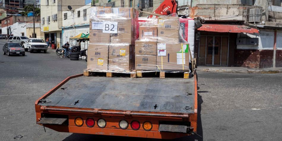 Opositores aseguran que entraron 800 toneladas de ayuda a Venezuela