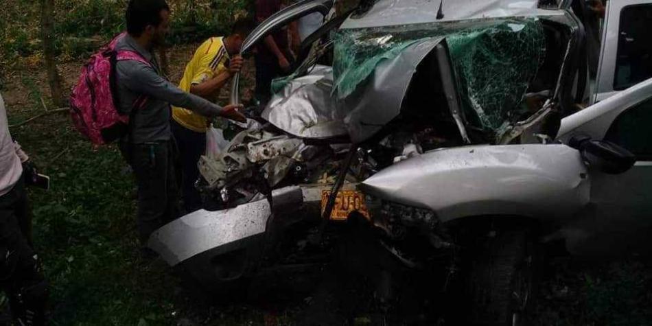 5 muertos de una familia deja accidente en vías del Magdalena