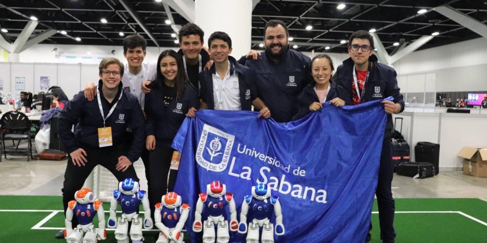 Colombia obtiene segundo lugar en mundial de fútbol de robots