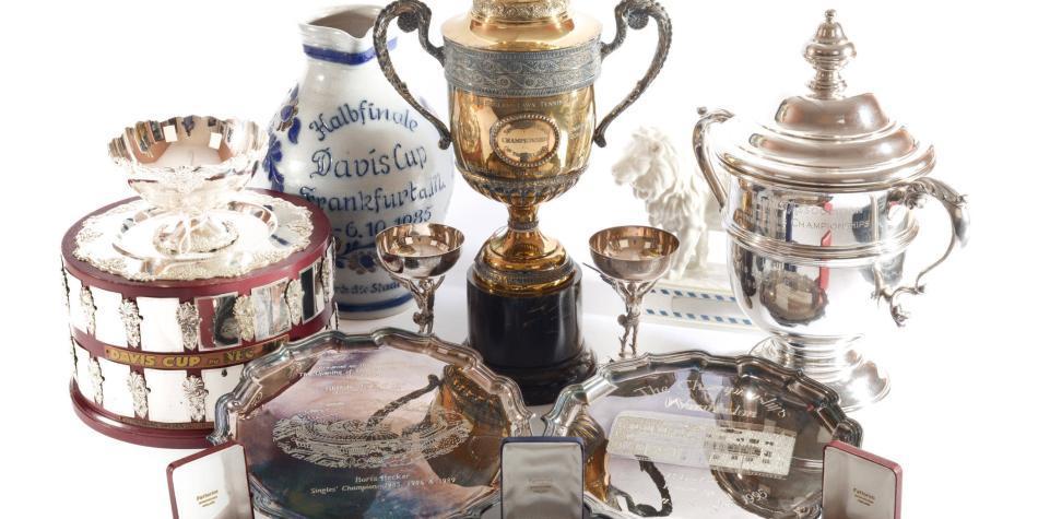 Una leyenda del deporte, en la ruina, subasta sus trofeos