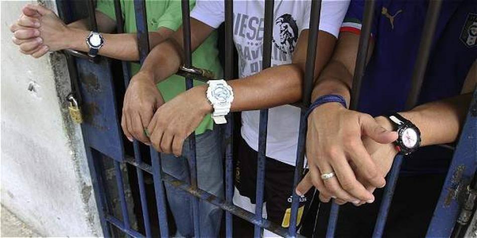 Proponen que las empresas contraten a presos en cárceles