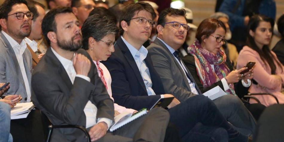 Encuesta: Galán, 34,3%; Claudia, 31,2%; Uribe, 18,3%; Morris, 10,8%