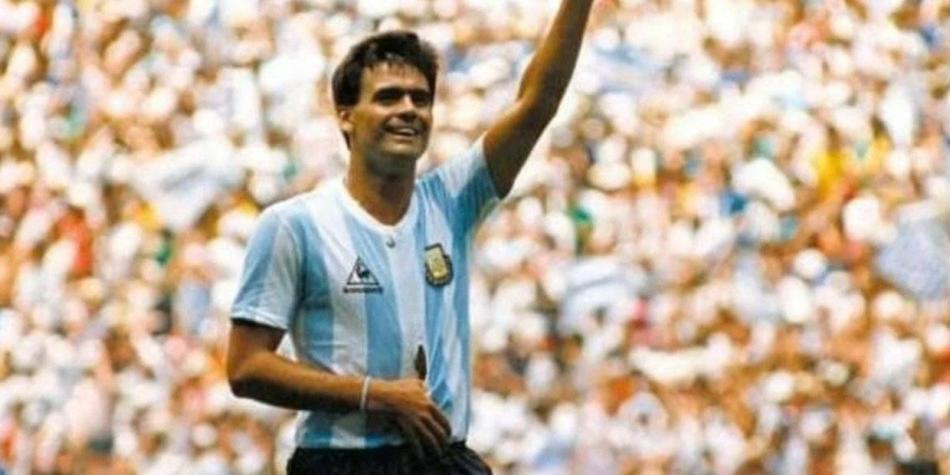 El día que Brown jugó de héroe en la Argentina de Maradona
