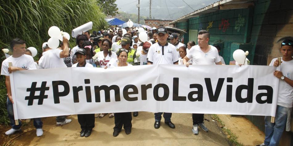 Medellín se unió para pedir justicia por sus niños asesinados
