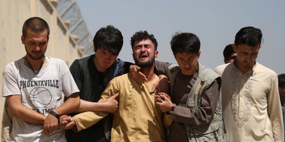 Luto en Afganistán tras ataque del Estado Islámico en una boda