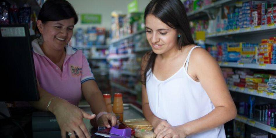 Bancos quieren prestar a través de pequeños negocios de barrio