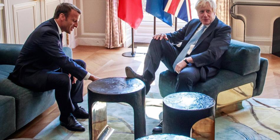 Macron advierte a Johnson de que no se cambiará acuerdo del 'brexit'