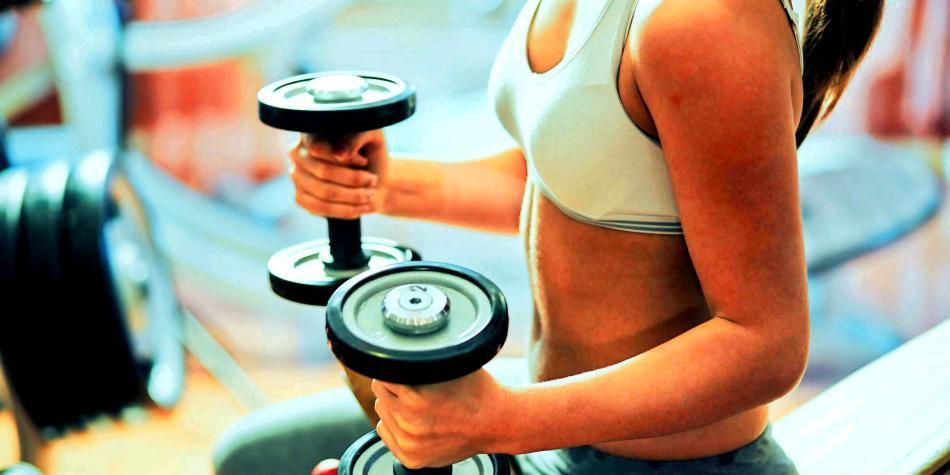 Perder peso con cardio o pesas