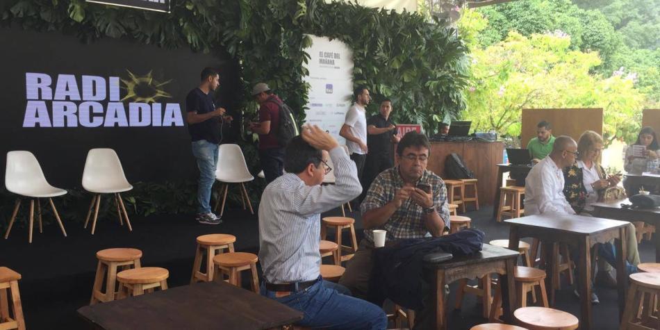 Café producido por ex-Farc se toma en la Fiesta del Libro, en Medellín