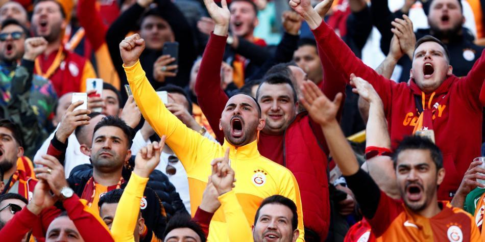 La policía belga arresta a 27 hinchas del Galatasaray