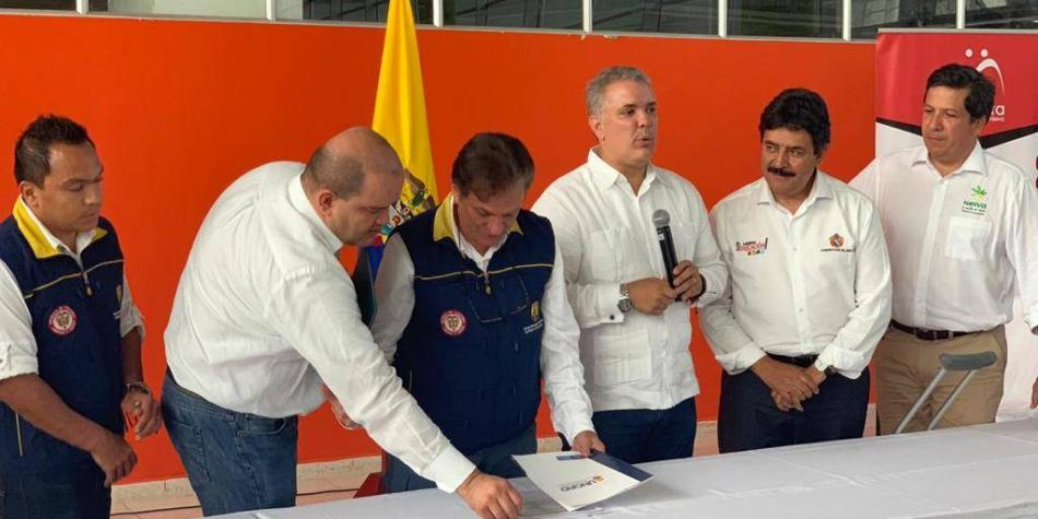 Presidente entregó obras para prevenir inundaciones en río Las Ceibas