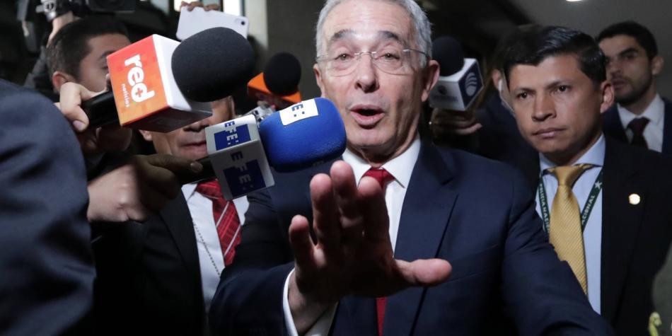 El apoyo familiar a Uribe, a propósito de la indagatoria / En Secreto