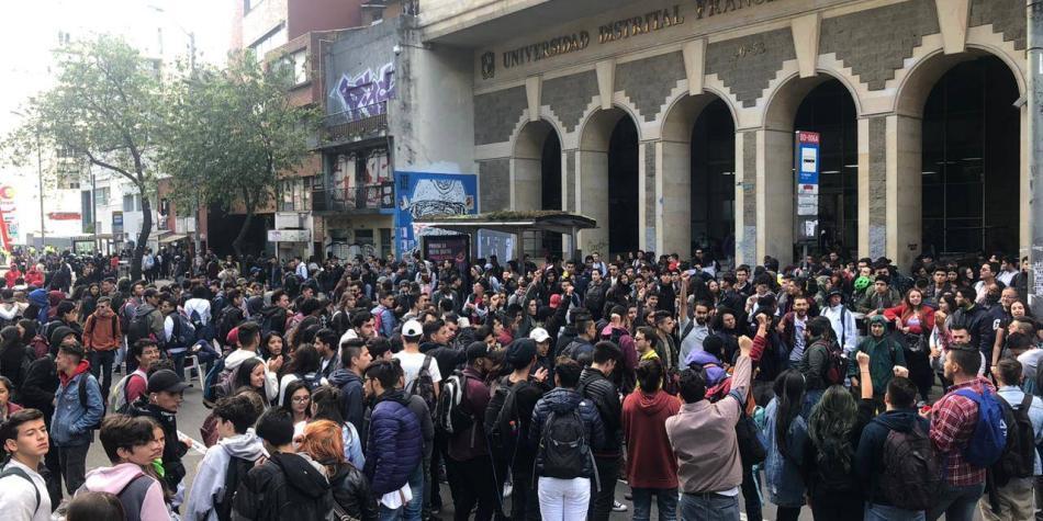 Estudiantes y trabajadores volvieron a las calles