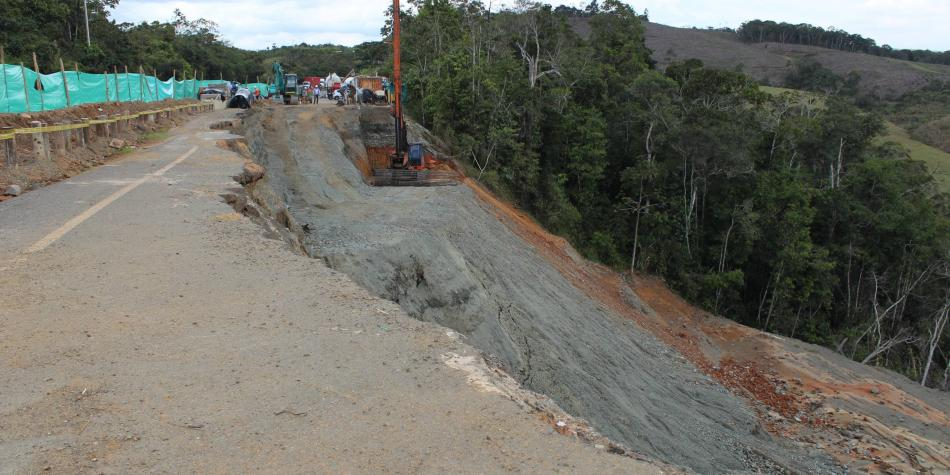 Calzada en el km. 89, de vía Buga-Buenaventura, estaría lista en marzo