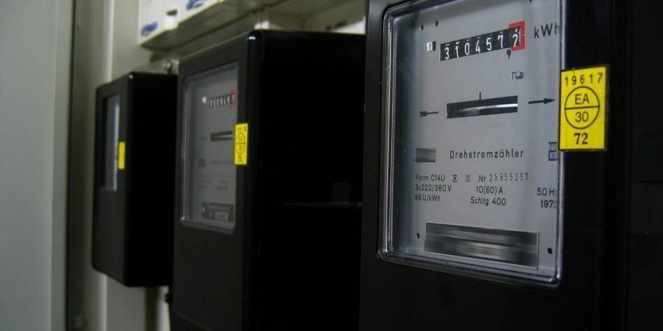 Sin costo para usuarios, se inicia ruta hacia contadores eléctricos
