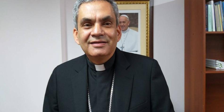 Ordenación de sacerdotisa no es válida en la Iglesia: Monseñor Álvarez