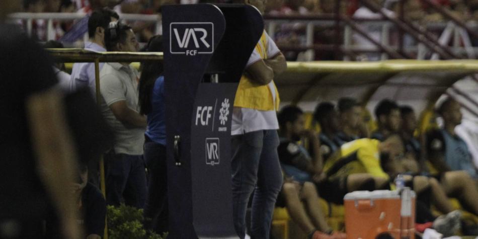 Así le fue al VAR en su estreno en Colombia: ¿pasó el examen?