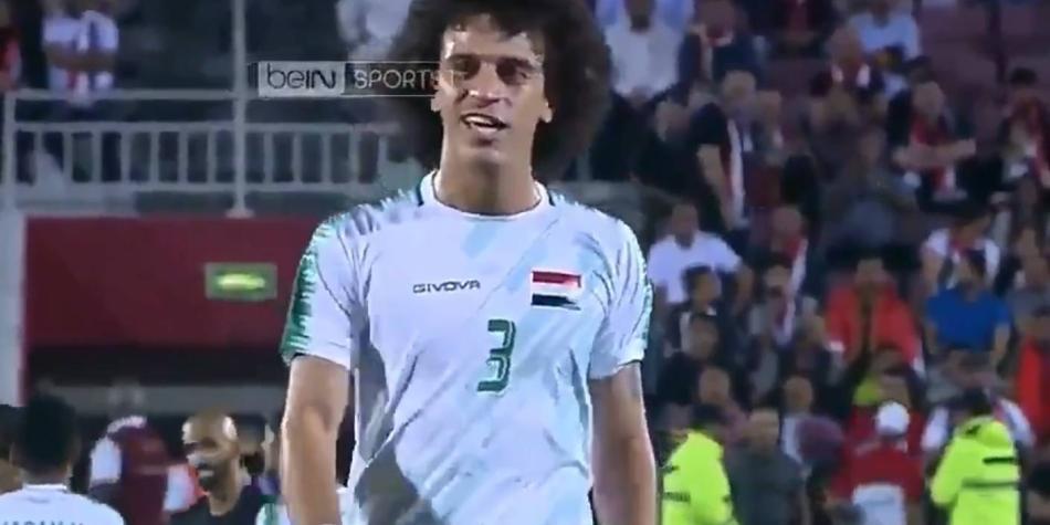 ¡La patada del año! La brutal jugada en el fútbol árabe