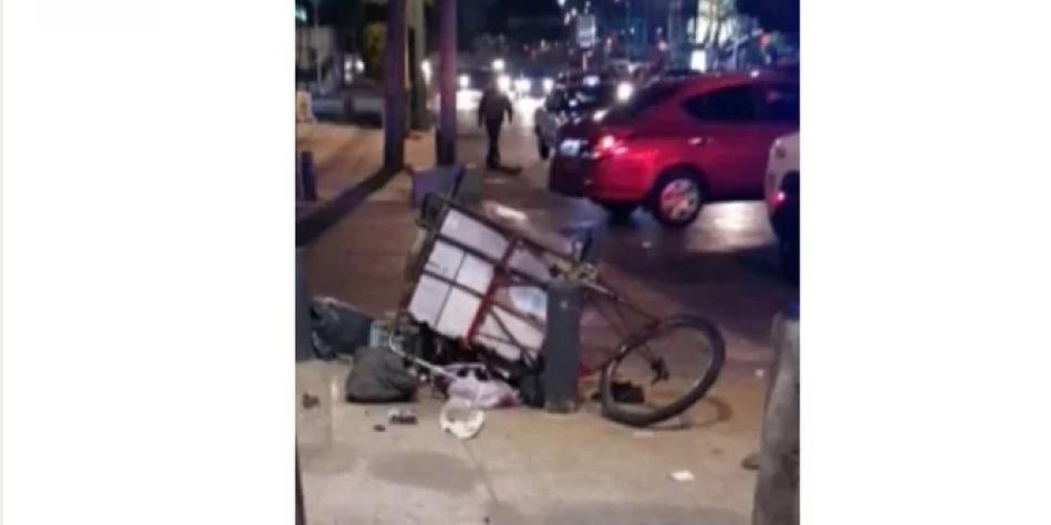 Conductor atropelló a niño y su madre que vendían café en la calle
