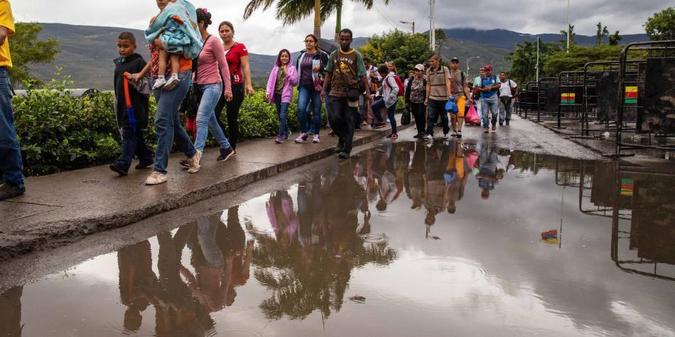 Caminata 'Una milla en sus zapatos' junto a migrantes en Valle y Cauca