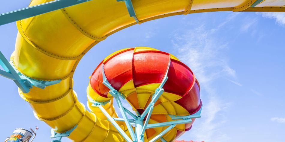 Primer tobogán de doble espiral estará en Adventure Island