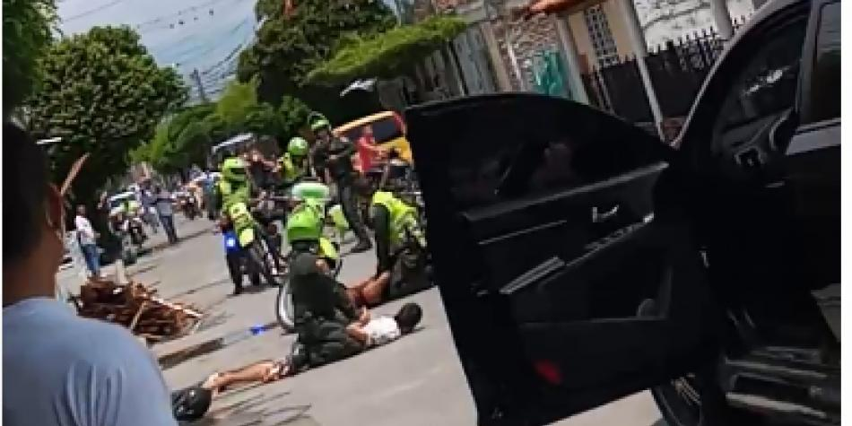 En medio de controles, policía motorizado sale herido a bala en Zarzal