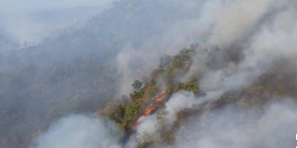 Alerta por voraz incendio en la Sierra Nevada de Santa Marta