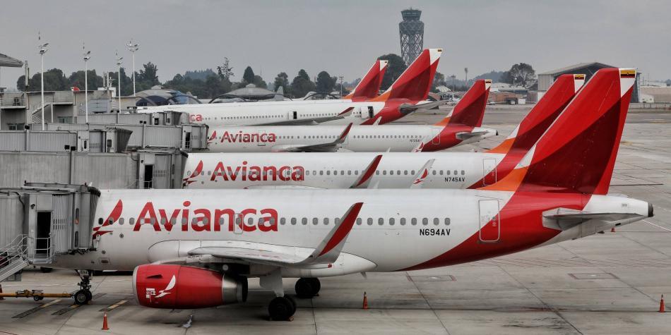 Avianca Holdings suspende 24 rutas internacionales